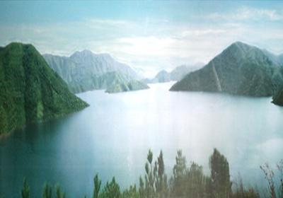 title='衢州日月湖培训基地'